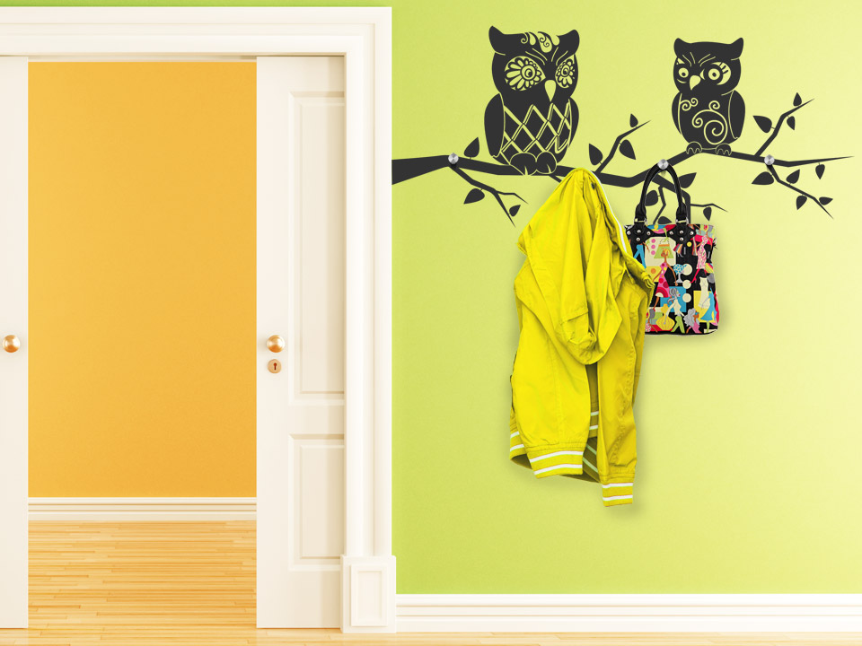 wandtattoo garderobe eulen ast mit edelstahlaufh nger. Black Bedroom Furniture Sets. Home Design Ideas
