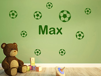 wandtattoo fußbälle mit name fürs kinderzimmer | wandtattoo.com - Kinderzimmer Junge Wandgestaltung Grun