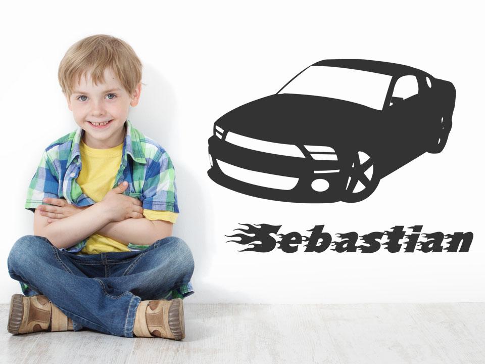 Wandtattoo rennauto mit namenswunsch und flammenschrift for Stylische kinderzimmer