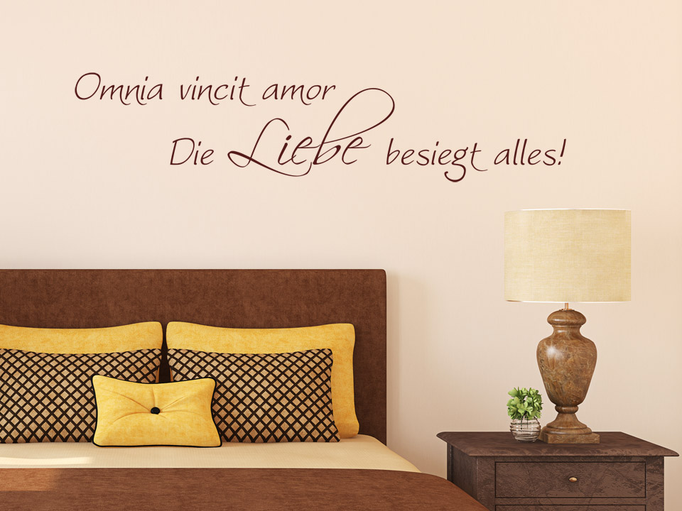 wandtattoo omnia vincit amor die liebe besiegt alles. Black Bedroom Furniture Sets. Home Design Ideas