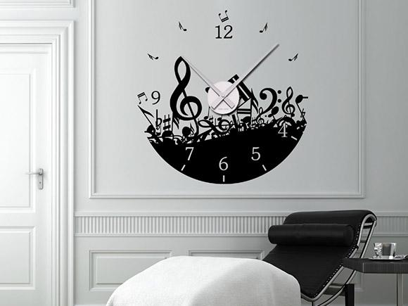 wandtattoo uhr noten mit notenschl ssel. Black Bedroom Furniture Sets. Home Design Ideas
