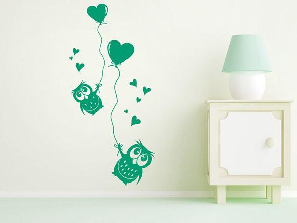 wandtattoo eulen mit luftballons und herzen. Black Bedroom Furniture Sets. Home Design Ideas