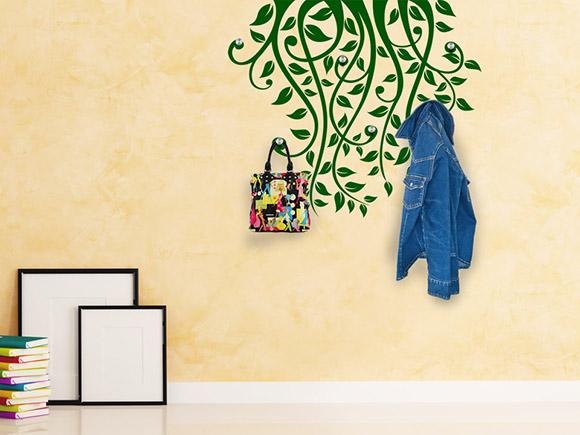 wandtattoo garderobe stilvolle ranken mit aufh nger. Black Bedroom Furniture Sets. Home Design Ideas