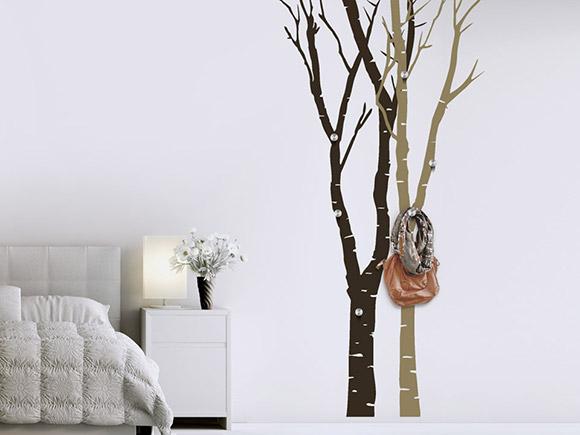 wandtattoo garderobe baumst mme mit aufh ngern. Black Bedroom Furniture Sets. Home Design Ideas